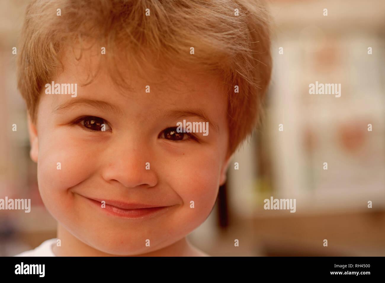 Die Wahl Einer Frisur Die Meine Gesichtsform Passt Kleines Kind