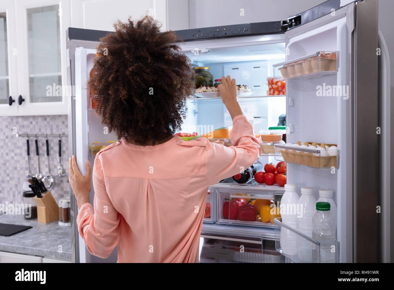 Amerikanischer Kühlschrank Pink : Amerikanischer kühlschrank stockfotos amerikanischer kühlschrank
