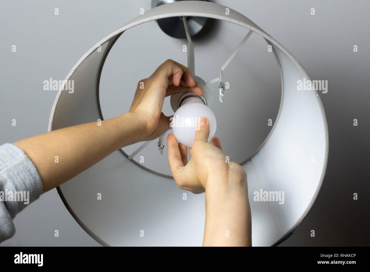 Bosch Kühlschrank Glühbirne Wechseln : Led deckenleuchte birne wechseln: led lampen deckenleuchte streifen