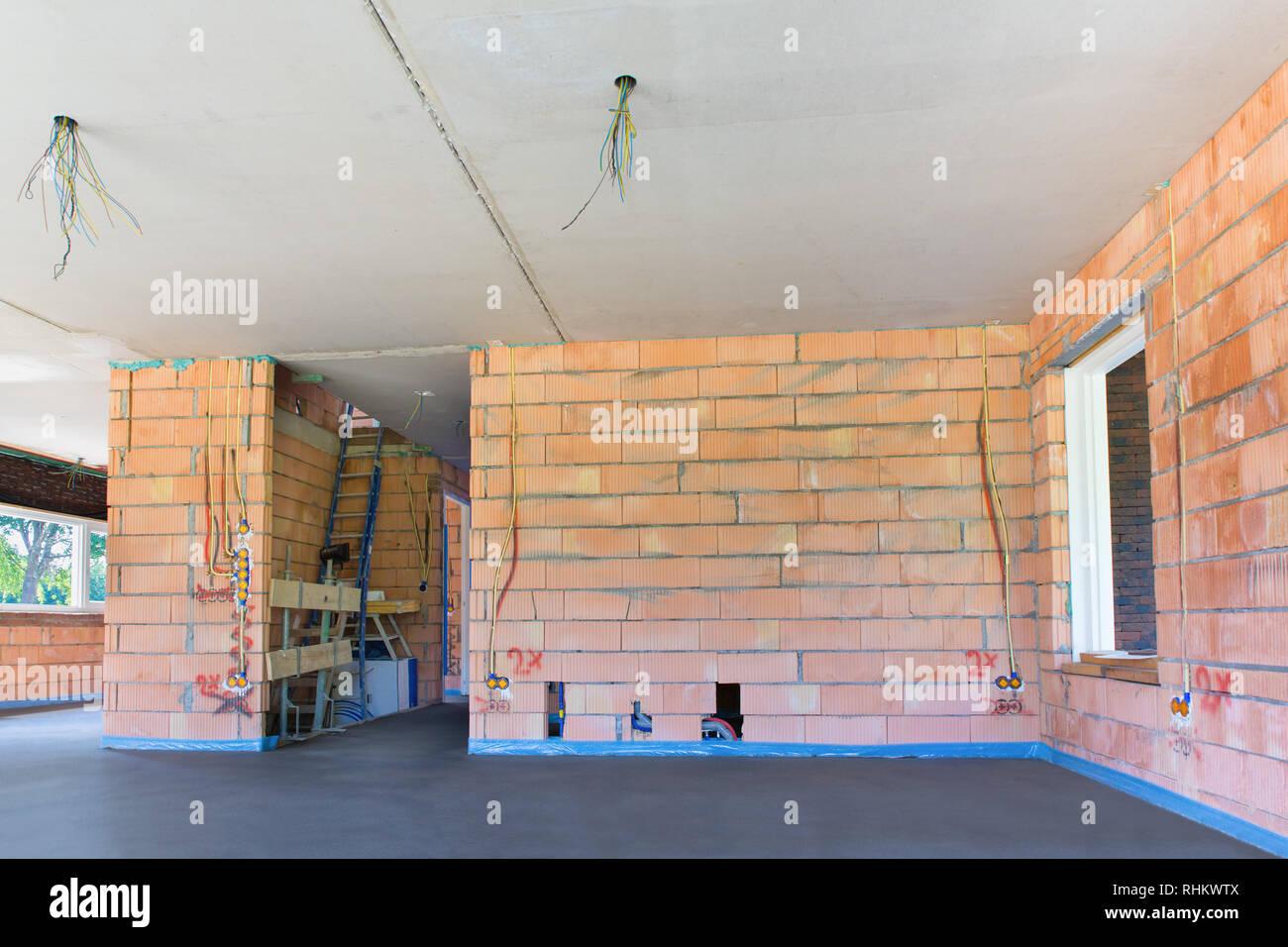 Betonfußboden Wohnzimmer ~ Innenraum der neuen startseite mit betonboden im wohnzimmer