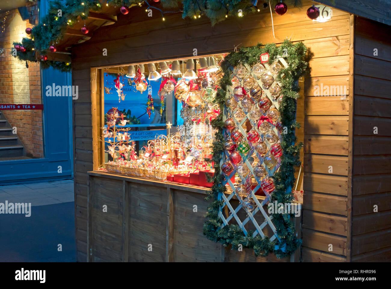 Gb Bilder Weihnachten.Weihnachten Kabine Verkauf Dekorationen Im St Nicholas Fayre York