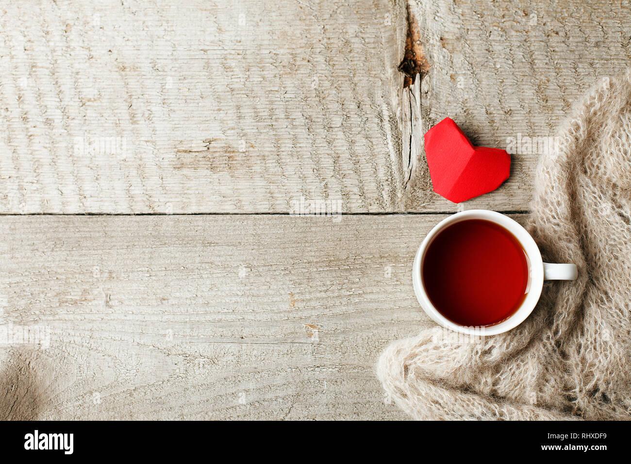 Tasse Tee Mit Roten Herzen Auf Vintage Holz Hintergrund