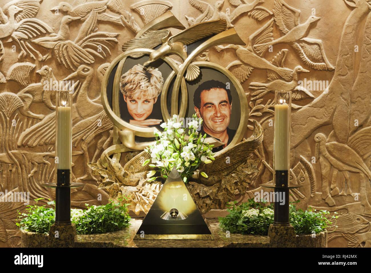 England, London, Knightsbridge, Harrods, Prinzessin Diana und Dodi al Fayed Ged? chtnisbrunnen, Stockbild