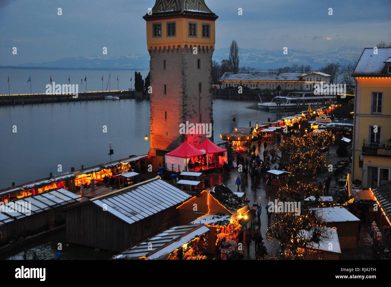 Lindau Weihnachtsmarkt.Deutschland Bayern Bodensee Lindau Weihnachtsmarkt
