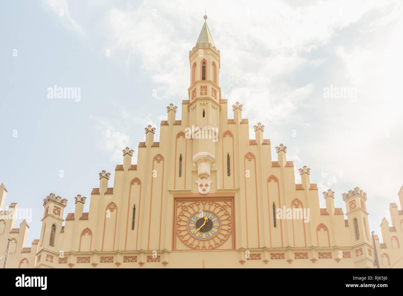Das Rathaus in Landshut, Turm, Turmuhr und Fassade, Detailansicht Stockbild