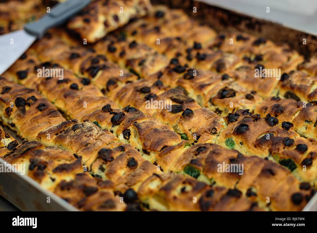 """Europa, Italien, Latium, Rom, Jüdische """"Pizza"""", eine Spezialität der berühmten jüdischen Bäckerei Boccione und lieblingsgebäck von Benedikt XVI., (J. R Stockbild"""