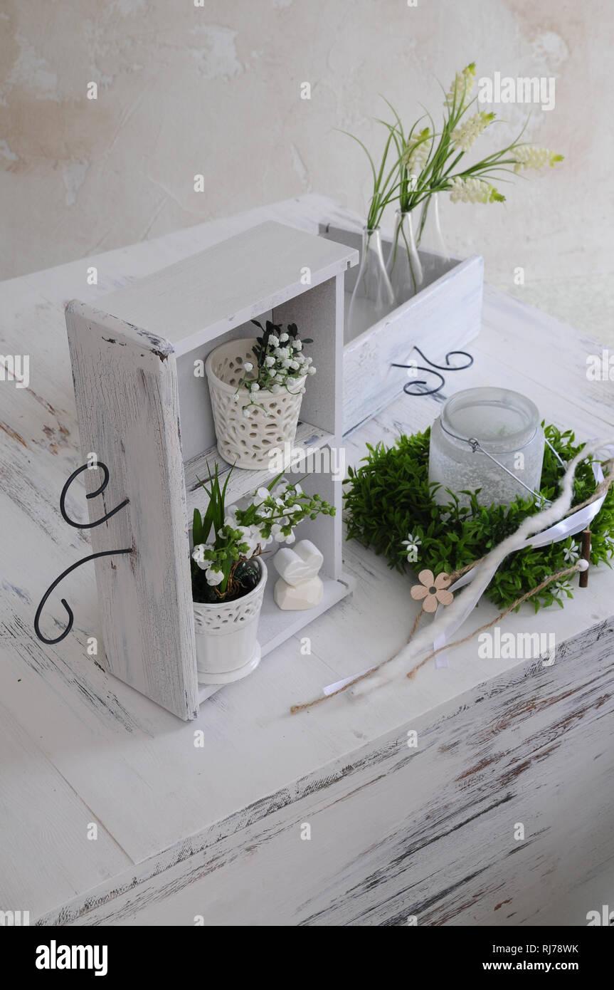 Schublade umfunktioniert als Deko, Shabby Chic Stockfoto, Bild ...
