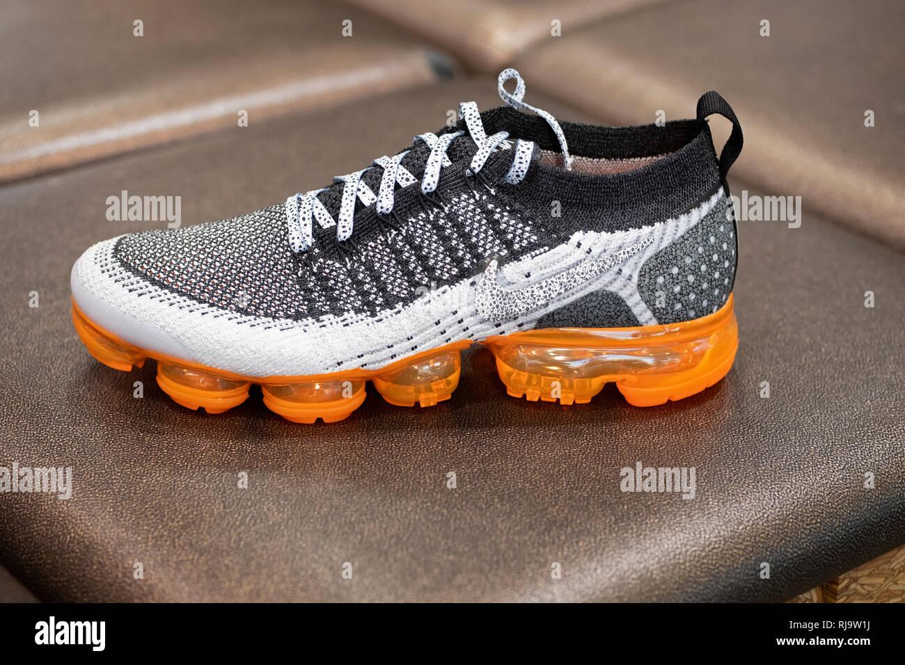 Nike Laufschuh Stockfotos & Nike Laufschuh Bilder Alamy