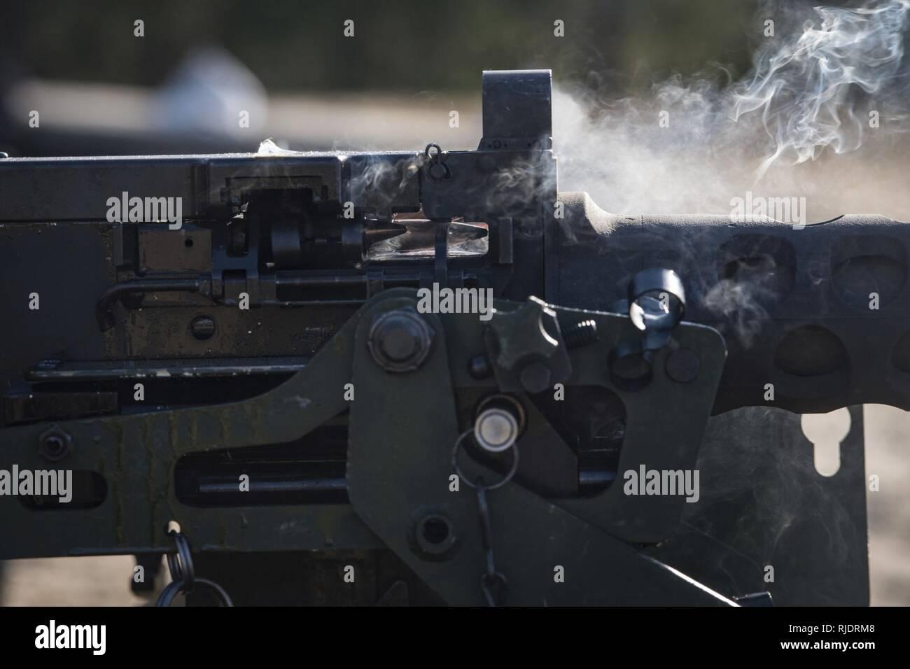 Eine 50 Kaliber Runde Reisen Durch Ein M2 Machine Gun 23012018