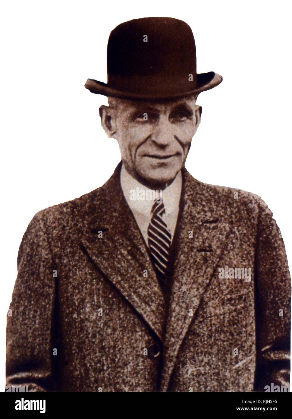 Henry Ford (Juli 30, 1863 - April 7, 1947) war ein US-amerikanischer Kapitän der Industrie und einem Großindustriellen, der Gründer der Ford Motor Company und dem Sponsor für die Entwicklung der Montagelinie Technik für die Massenproduktion. Stockbild
