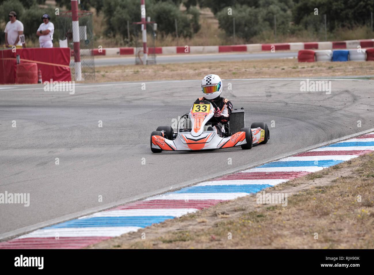 Go Kart Racing auf der Strecke in Campillos, Malaga, Spanien Stockbild