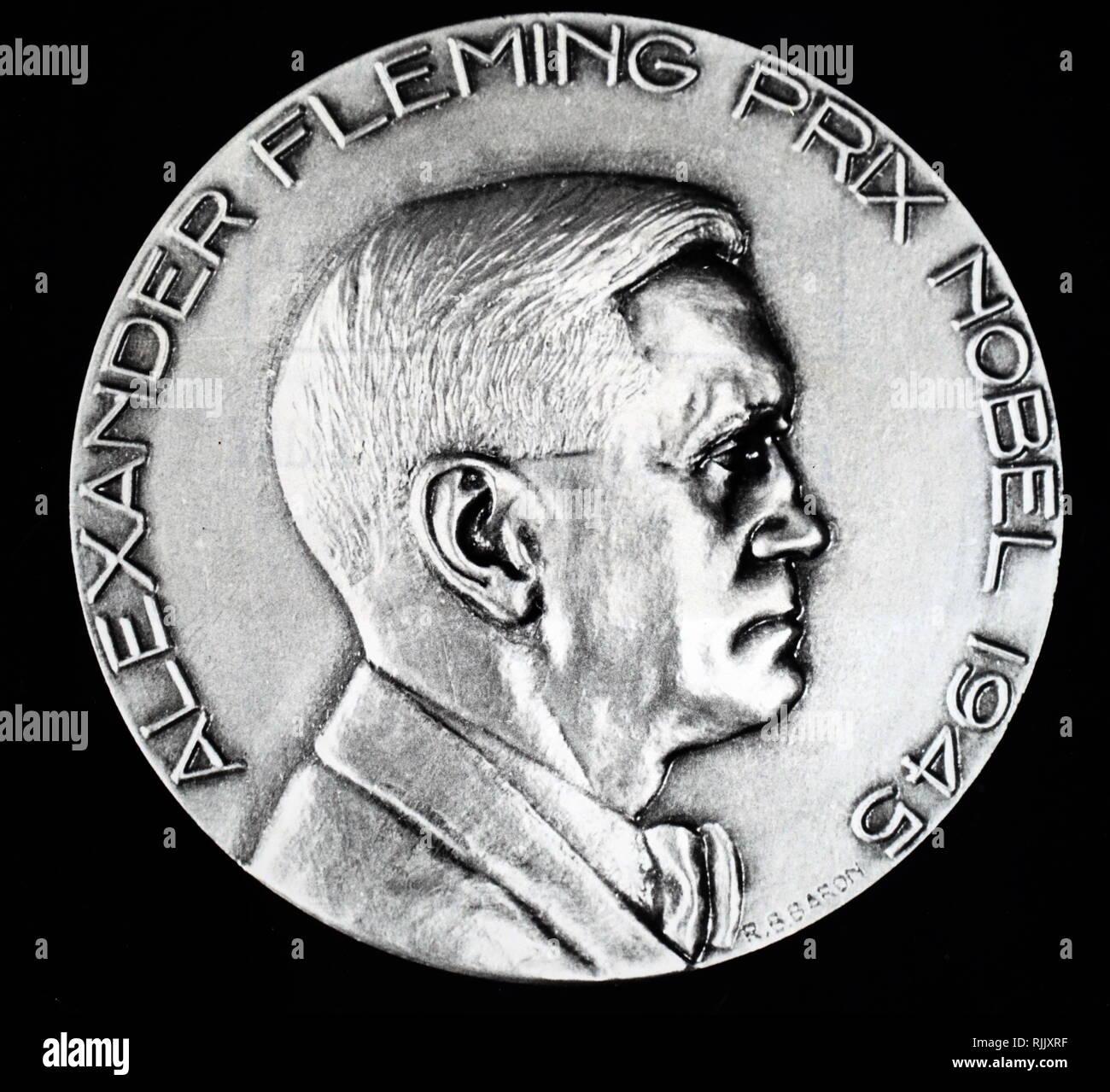 Eine Medaille zum Gedenken an Alexander Fleming's Nobelpreis gewinnen in 1945. Alexander Fleming (1881-1955), ein schottischer Arzt, Biologe und Pharmakologe. Vom 20. Jahrhundert Stockbild
