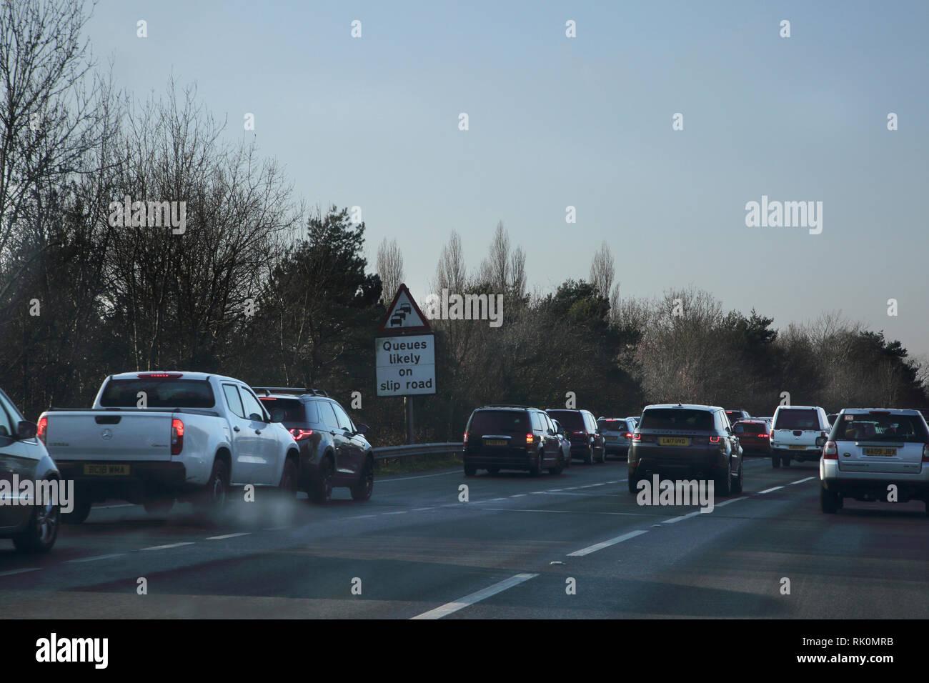 A31 Trunk Road Traffic auf Zubringerstraße England Stockbild