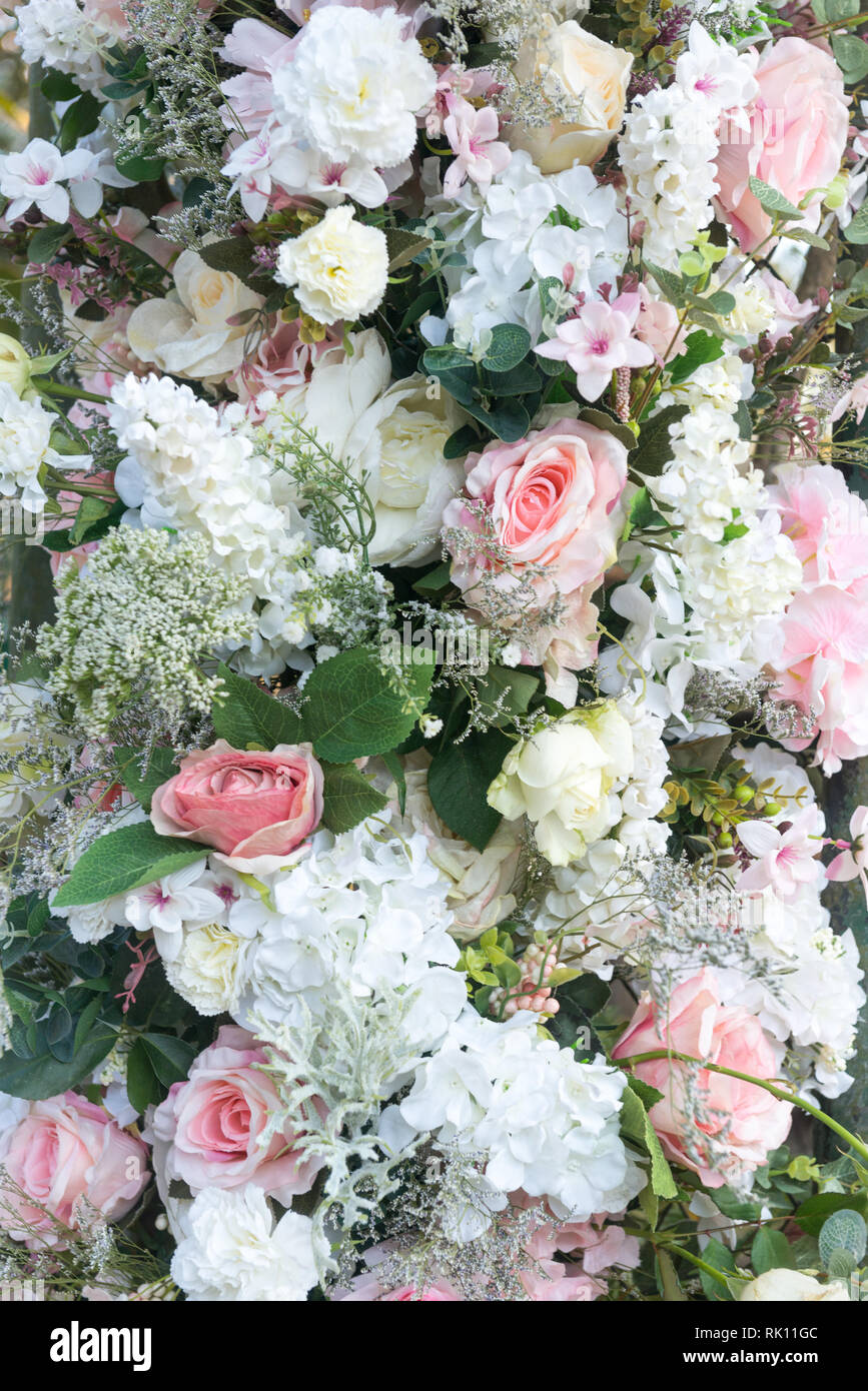 Ziemlich Weiss Und Rosa Hochzeit Blumen Wie Rosen Und Hortensien Mit