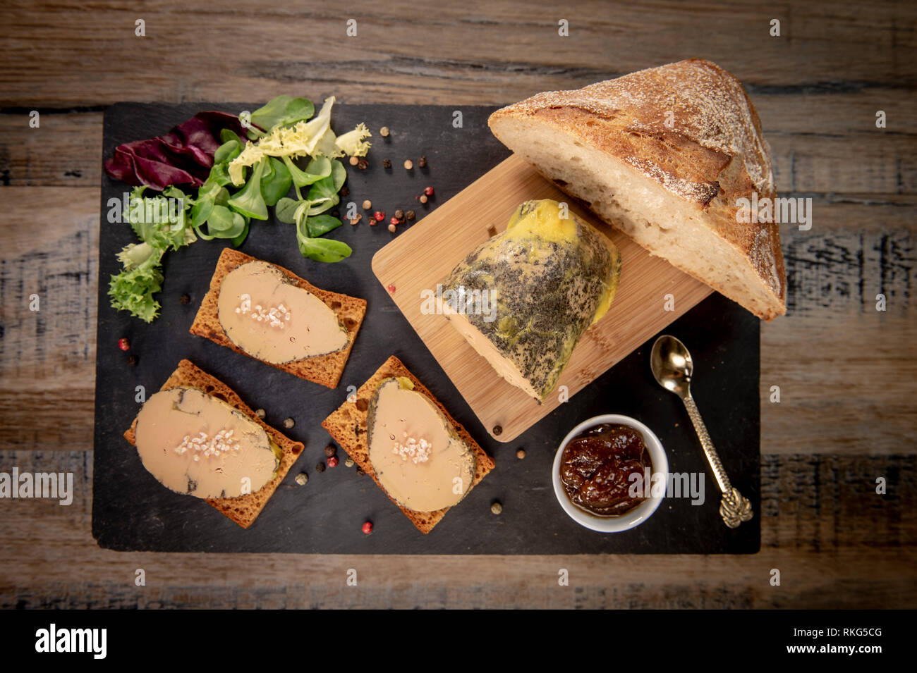 Foie Gras Und Lebkuchen Kuchen Bordeaux Frankreich Stockfoto Bild