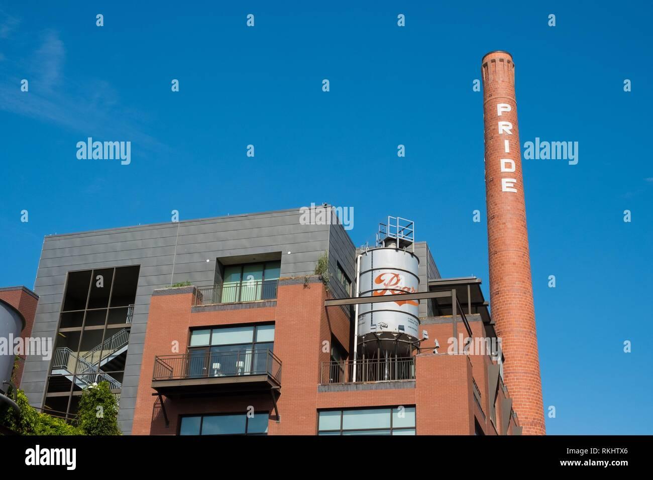 Stolz Schornstein am Historischen Pearl von San Antonio. Stockbild