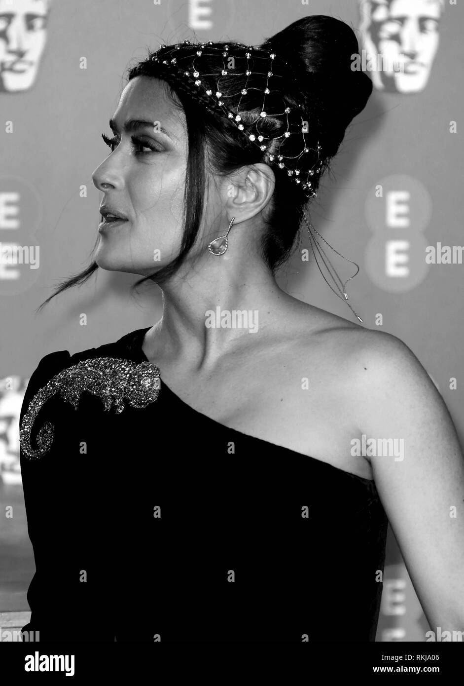 Feb 10, 2019 - Salma Hayek an EE British Academy Film Awards 2019 - Alternative Ansicht, der Royal Albert Hall in London, Großbritannien Stockbild