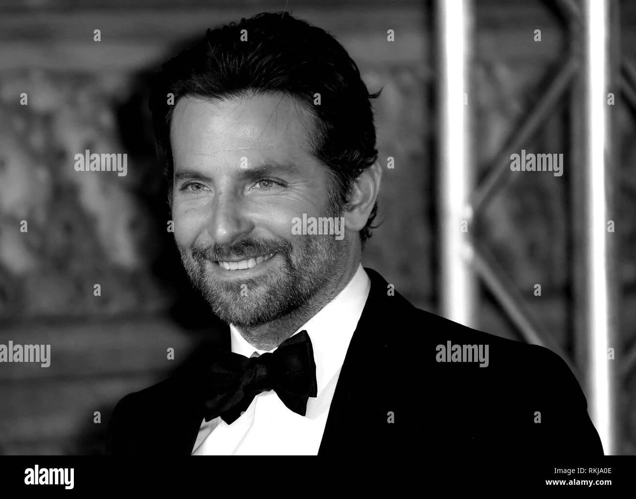 Feb 10, 2019 - Bradley Cooper an EE British Academy Film Awards 2019 - Alternative Ansicht, der Royal Albert Hall in London, Großbritannien Stockbild