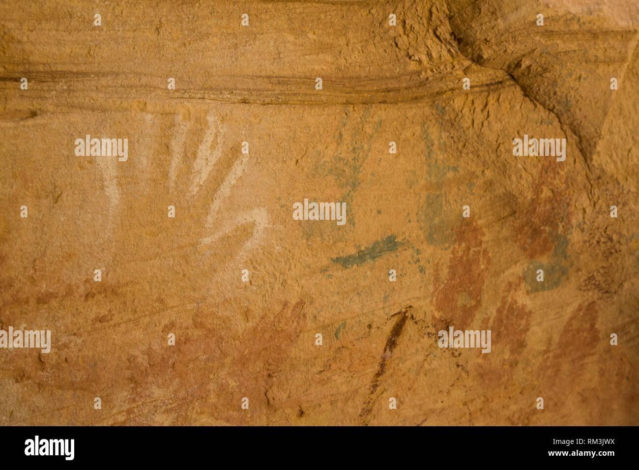 Steinzeitliche Darstellungen (etwa in der Chauvet-Höhle) zeigen.
