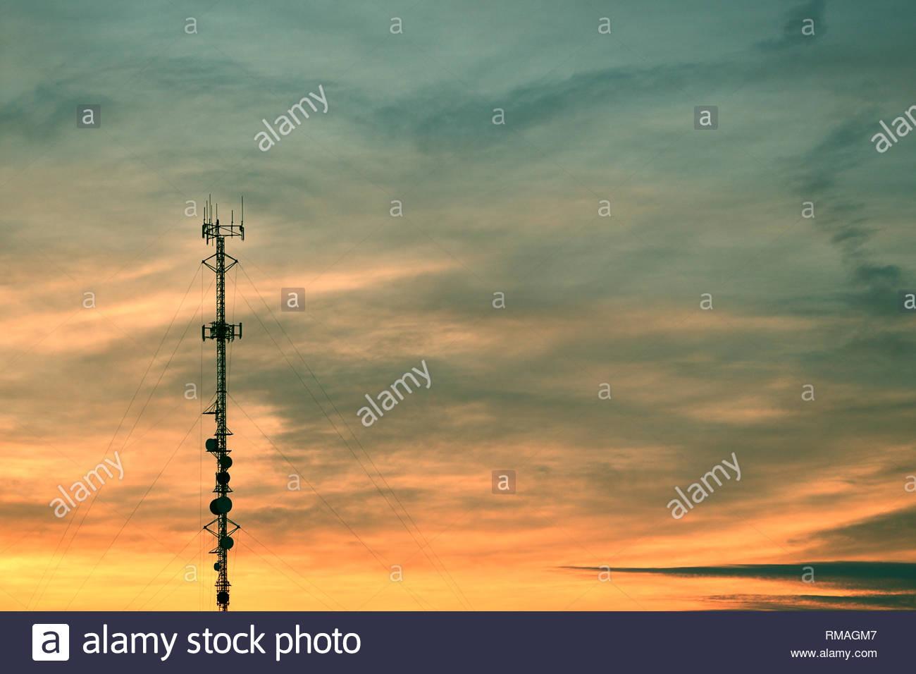 Hohe Antenne Pole Stockbild