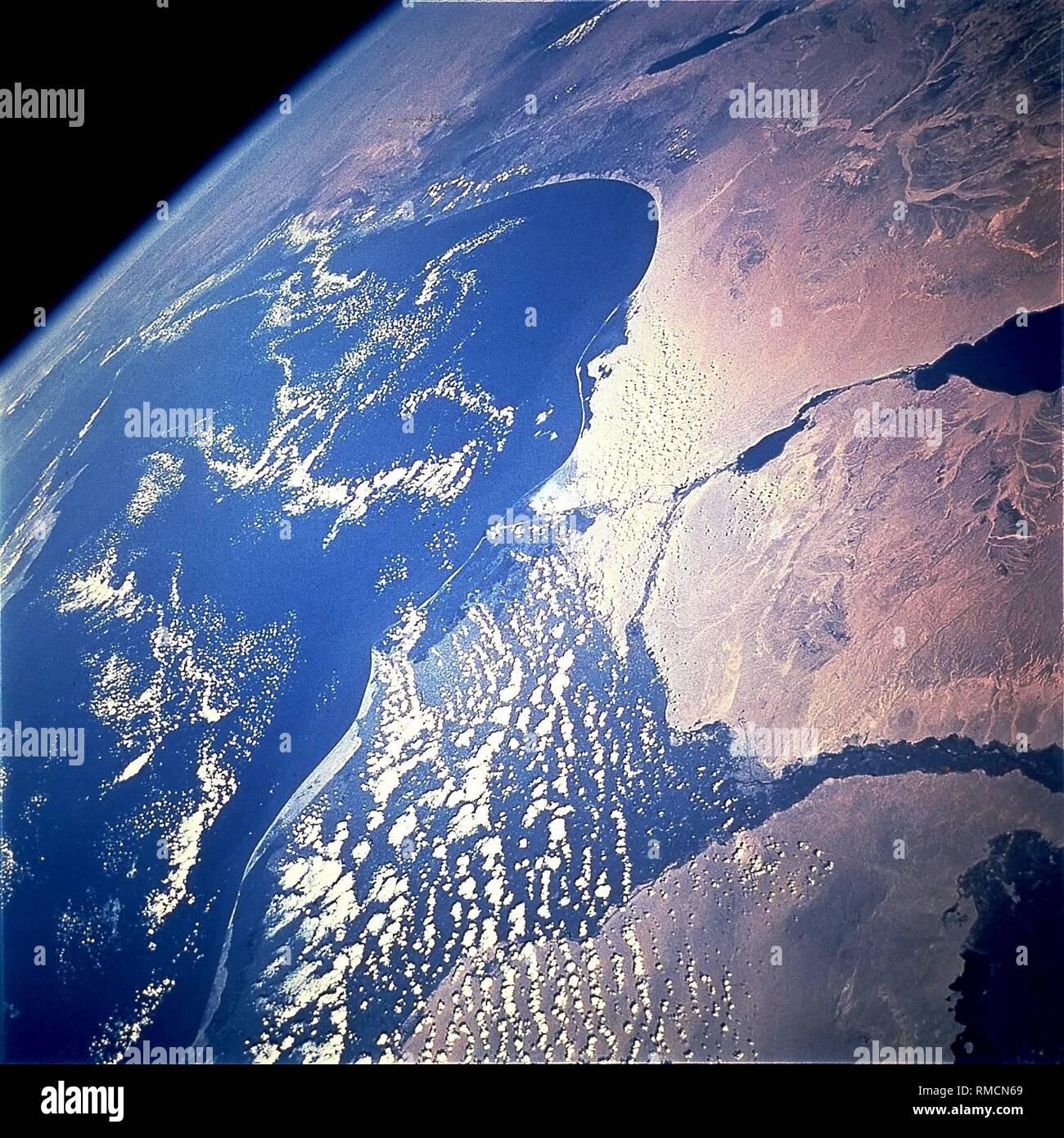 Asiatischer Planet datiert