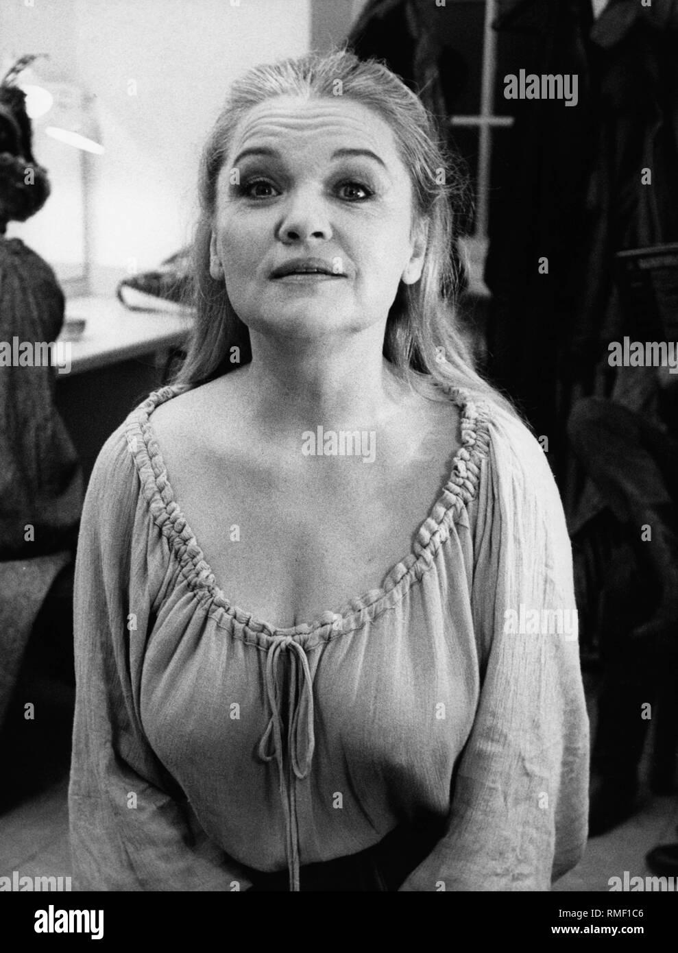 Die deutsche Schauspielerin und Sängerin Eva-Maria Hagen