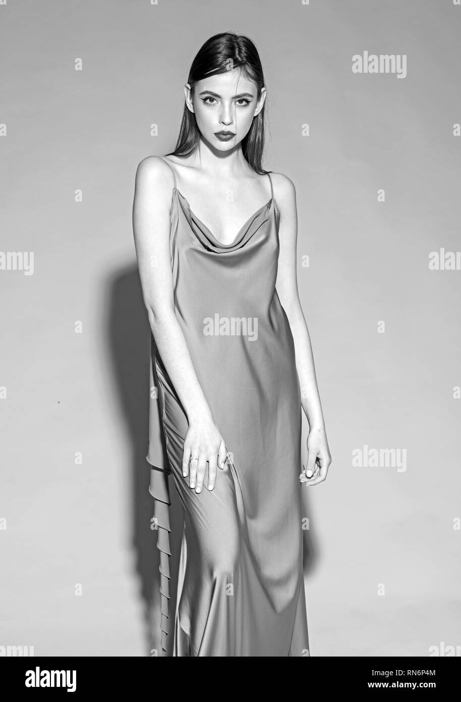 Langes If7y6gvyb Blaues Stockfotosamp; Alamy Kleid Bilder 0POw8nk