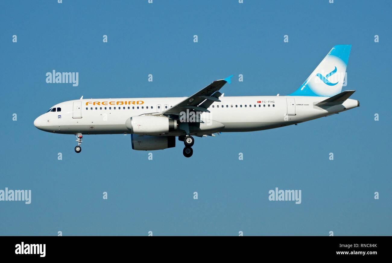 Ein Airbus A320 Der Türkischen Charterfluggesellschaft Freebird