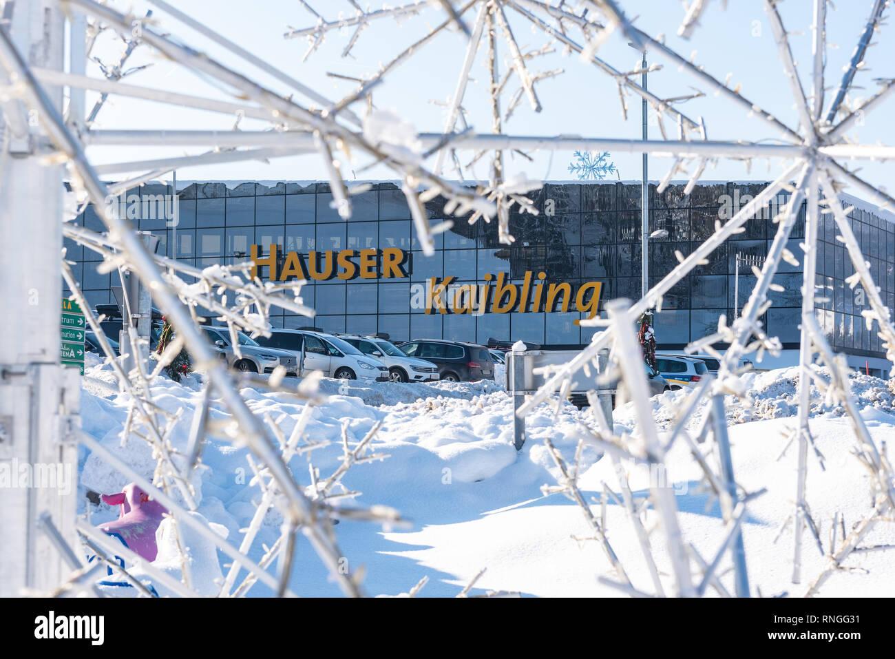 Skigebiet Hauser Kaibling - einer von Österreichs Top Skigebiete 44 Liftanlagen 123 km Pisten, Parkplatz, Schladminger miteinander 4 Berge Stockbild