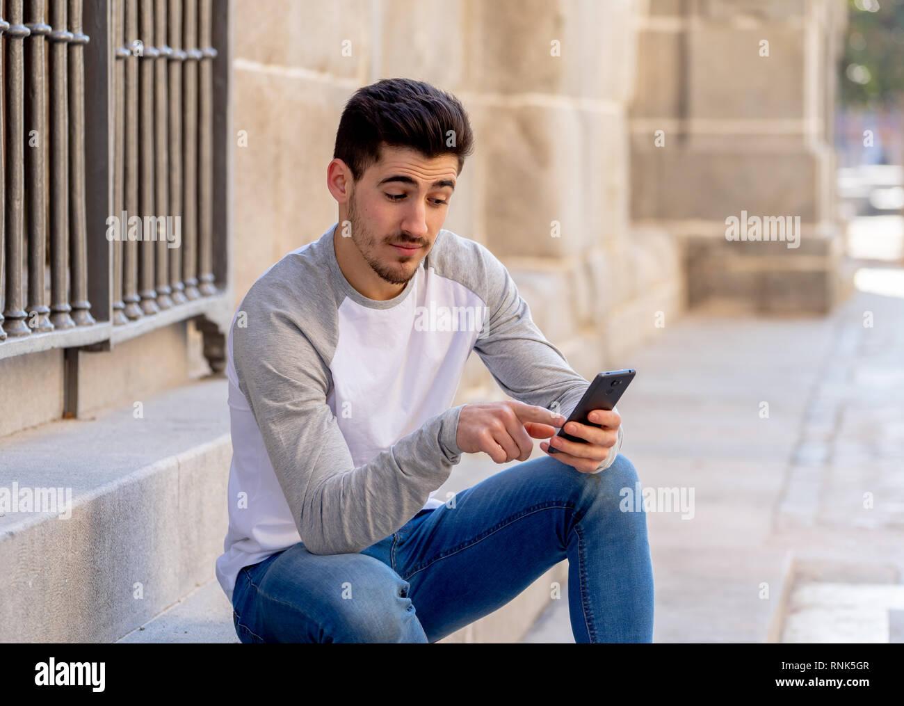 Online-Dating-Besetzung