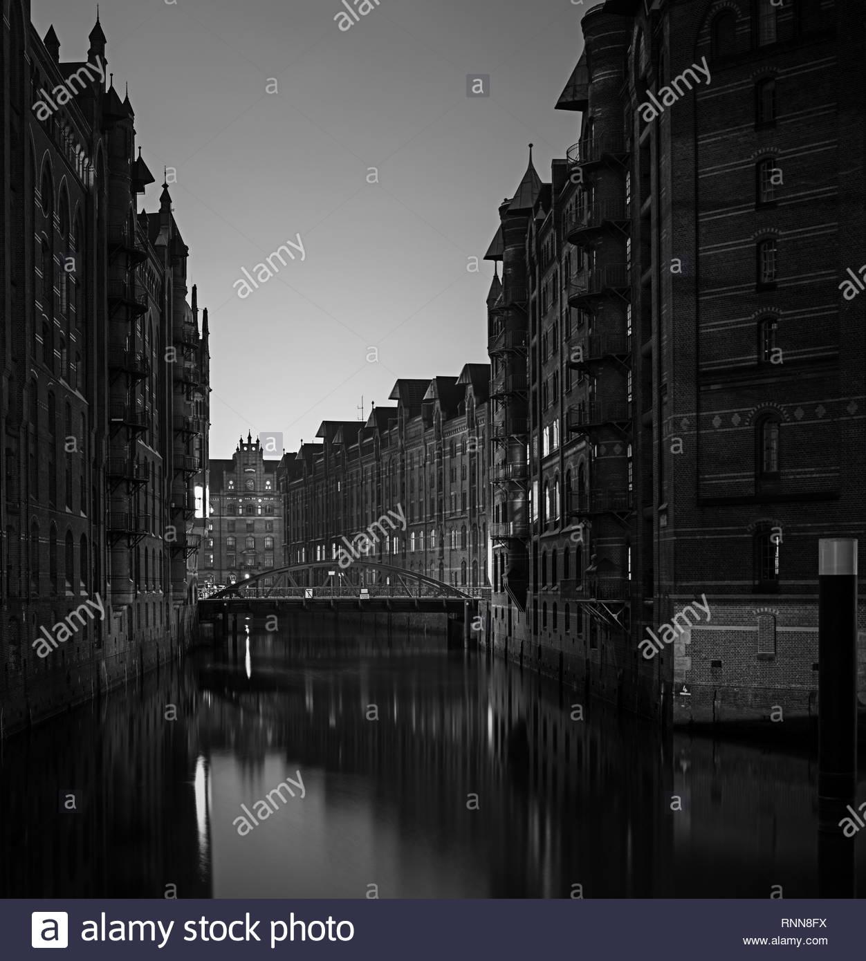 Speicherstadt bei Nacht Stockbild