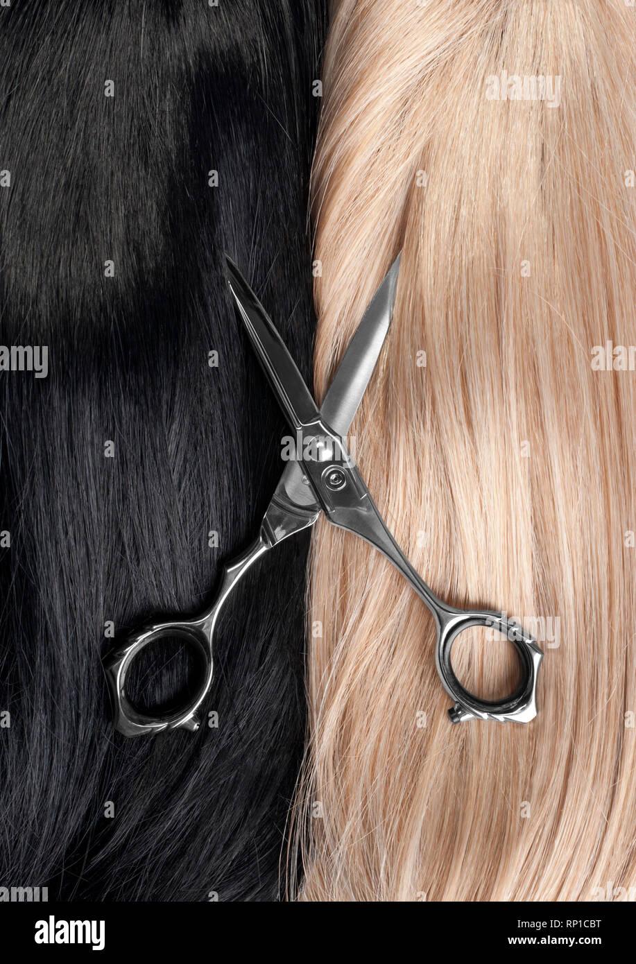 Glattes Blondes Haar Stockfotos Glattes Blondes Haar Bilder Alamy