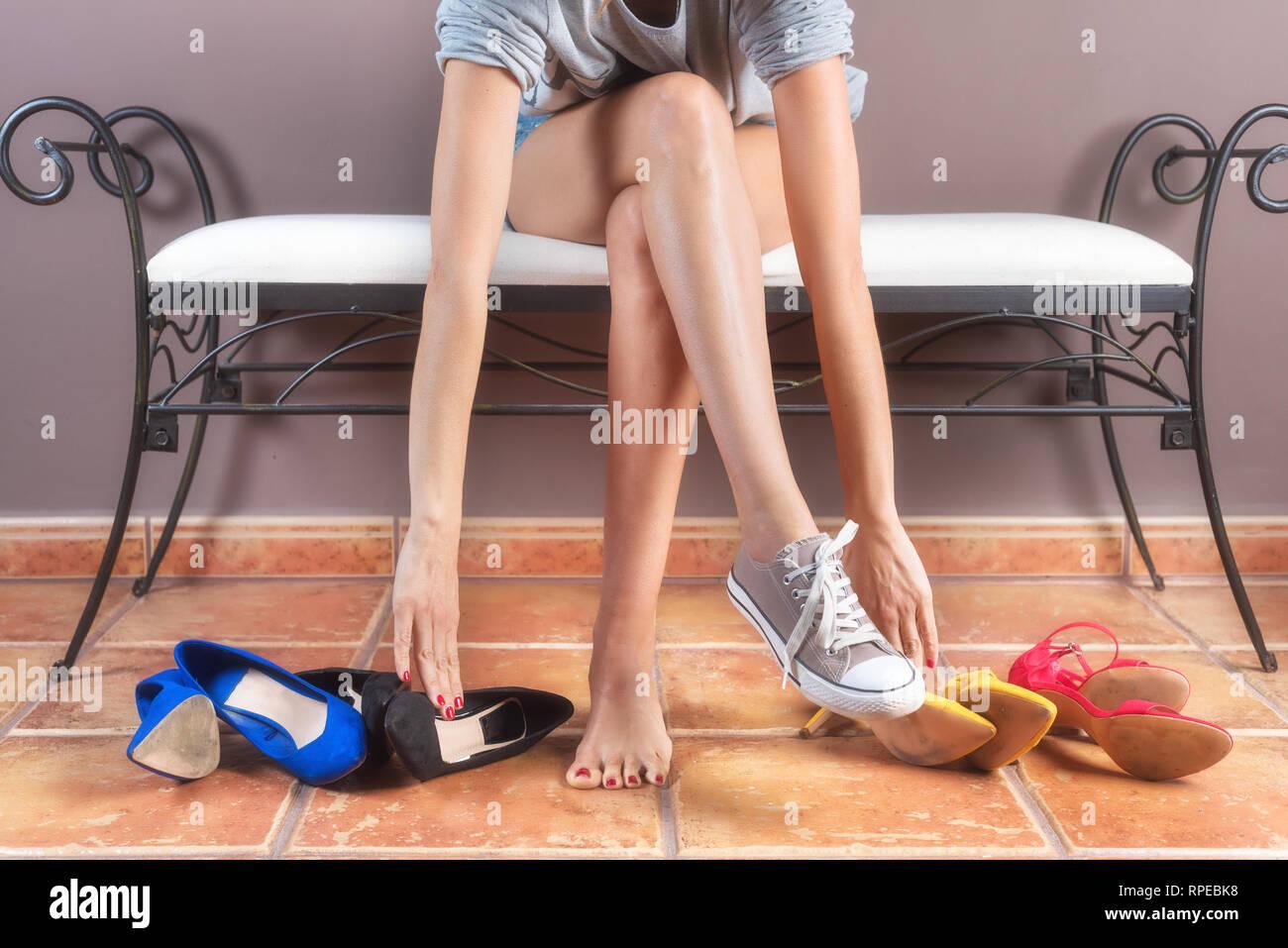 Frau mit perfektem schlanke Beine, Auswahl bequeme