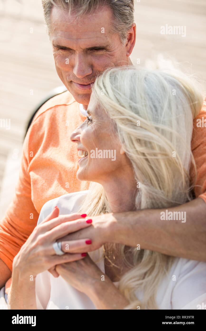 Schöne Dating-Seiten Wenn Sie Ihre Datierung sprechen Sie jeden Tag