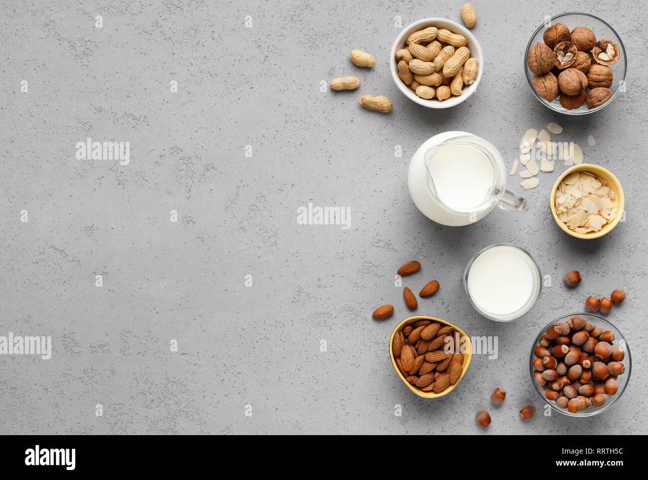 Alternative Milch Konzept, Ansicht von oben, kopieren Raum Stockbild