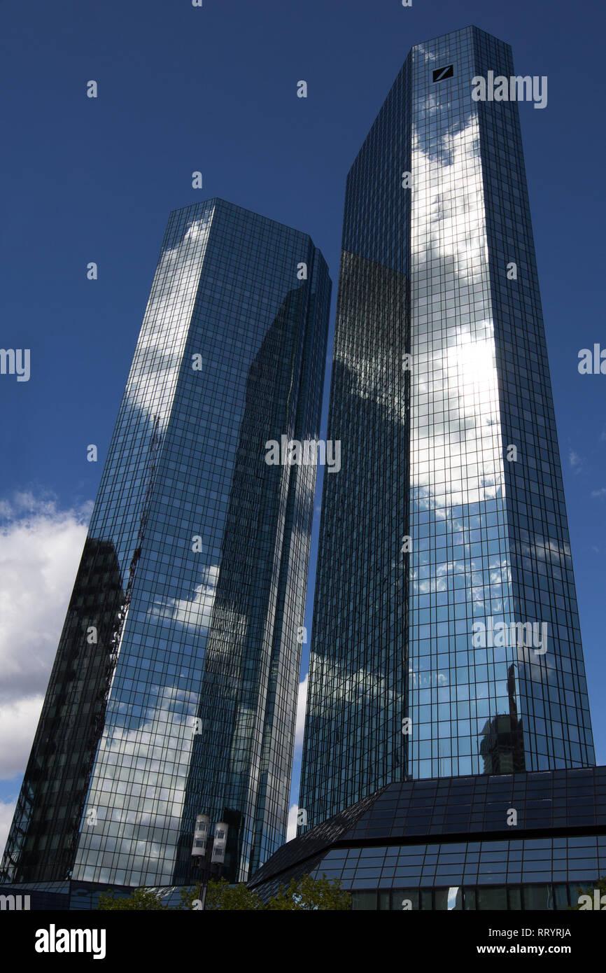 Europa Deutschland Hessen: Hauptsitz der Deutschen Bank in Frankfurt/Main Stockbild