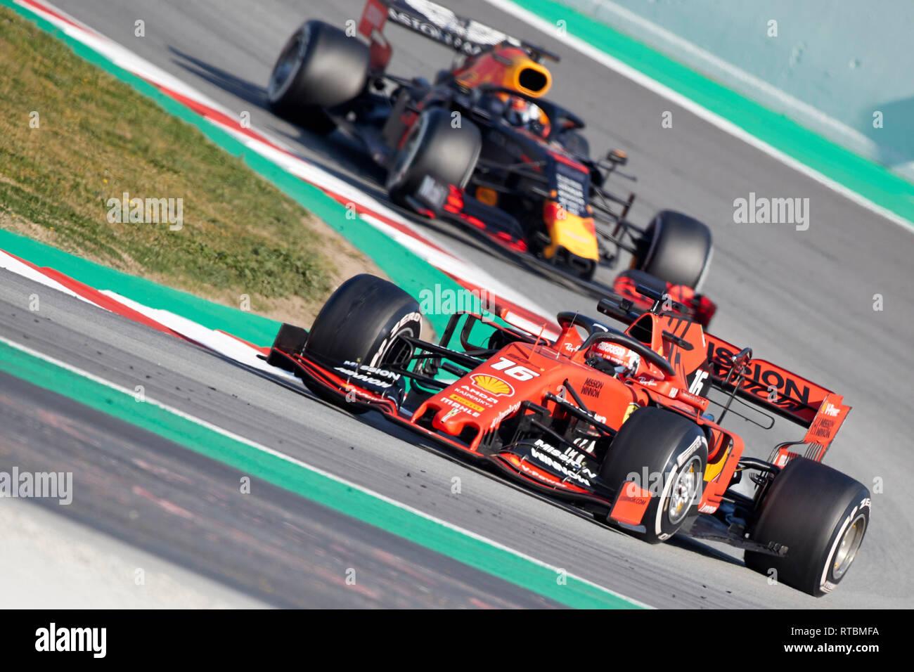 Charles Leclerc Scuderia Ferrari Mission Worfeln Sf 90 Auto Und Pierre Gasly Aston Martin Red Bull