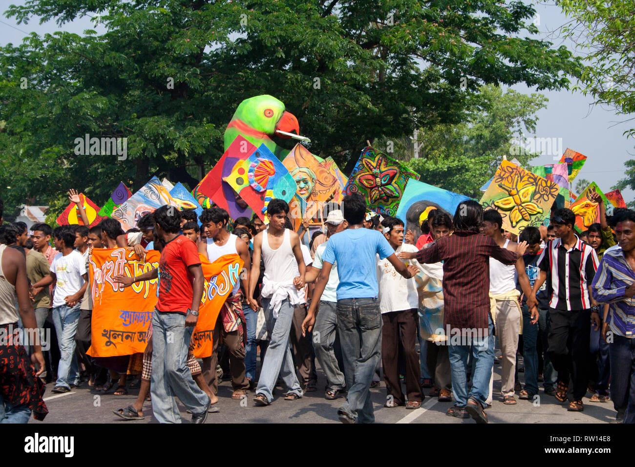 Bangla-Park datiertDating eines Mannes mit reaktiver Anhaftungsstörung
