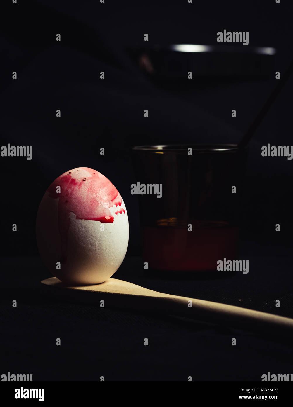 Satz von schlecht gefärbten Eiern Stockbild