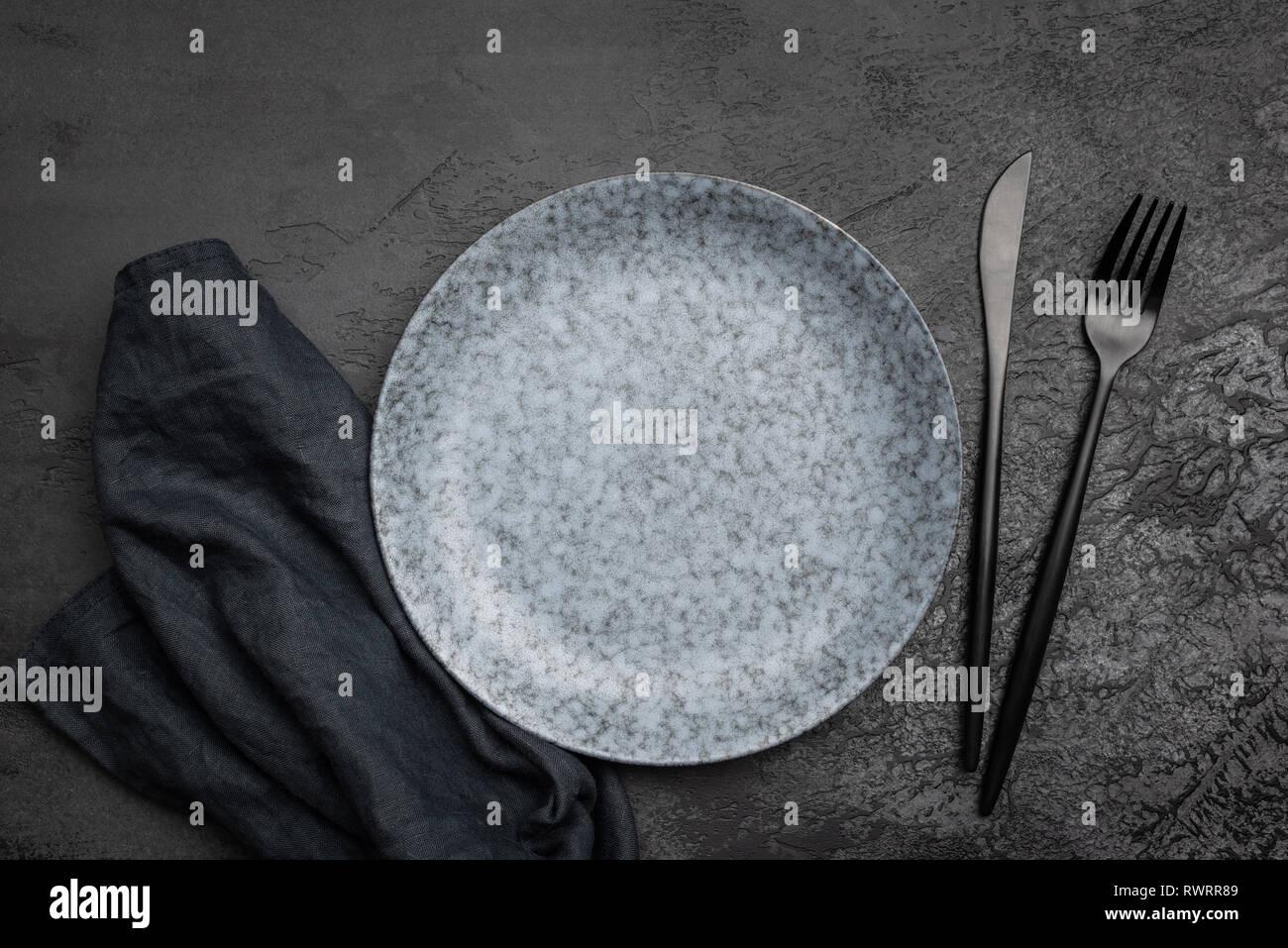 Schwarzes Besteck Stockfotos Und Bilder Kaufen Alamy