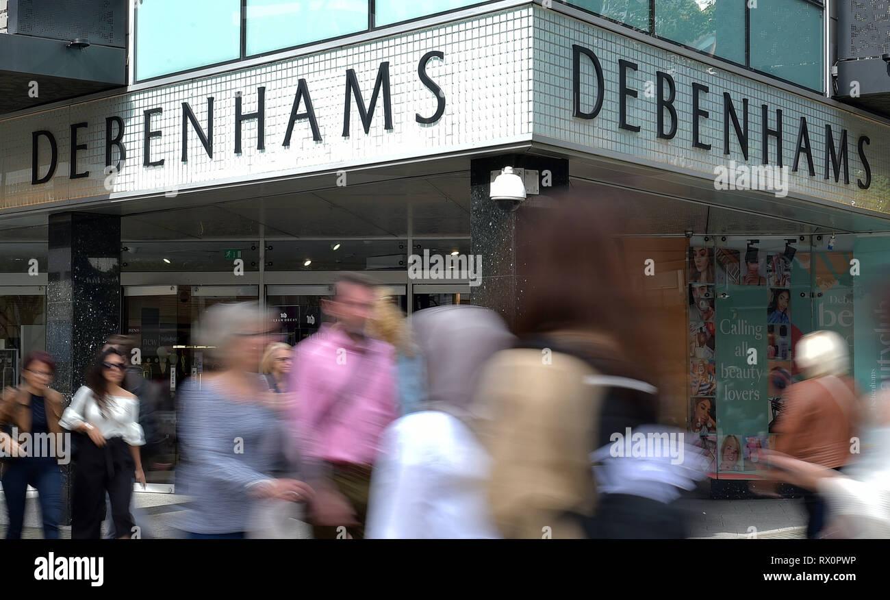 1c0efa5e6c5737 Datei zwei Ellipsen des Analemmas vom 10 09 18 Der debenhams Shop vor.