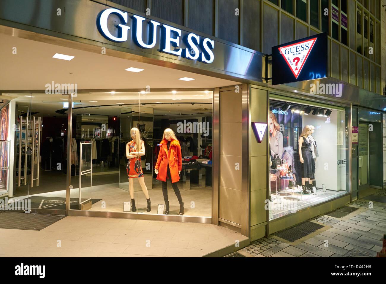 Düsseldorf, Deutschland ca. September 2018: Guess shop in