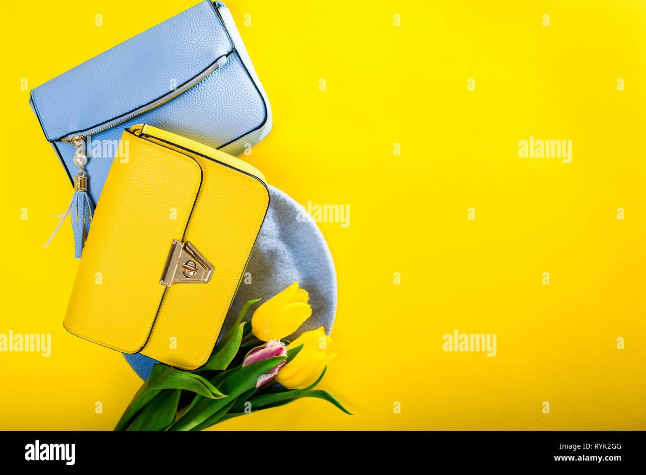 finest selection e437e 905c8 Feder weibliche Kleidung und Accessoires mit Tulpen ...