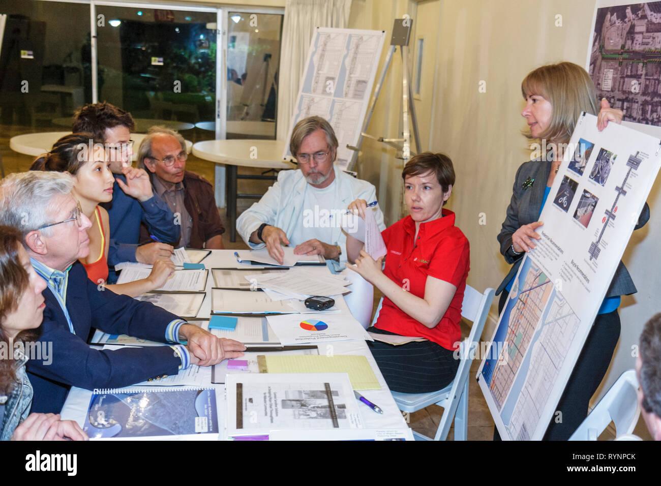Miami Beach Florida Community Planning Workshop Alton Road Korridor zukünftige Board Karte Präsentation Informationen Stadtquartier Stockbild