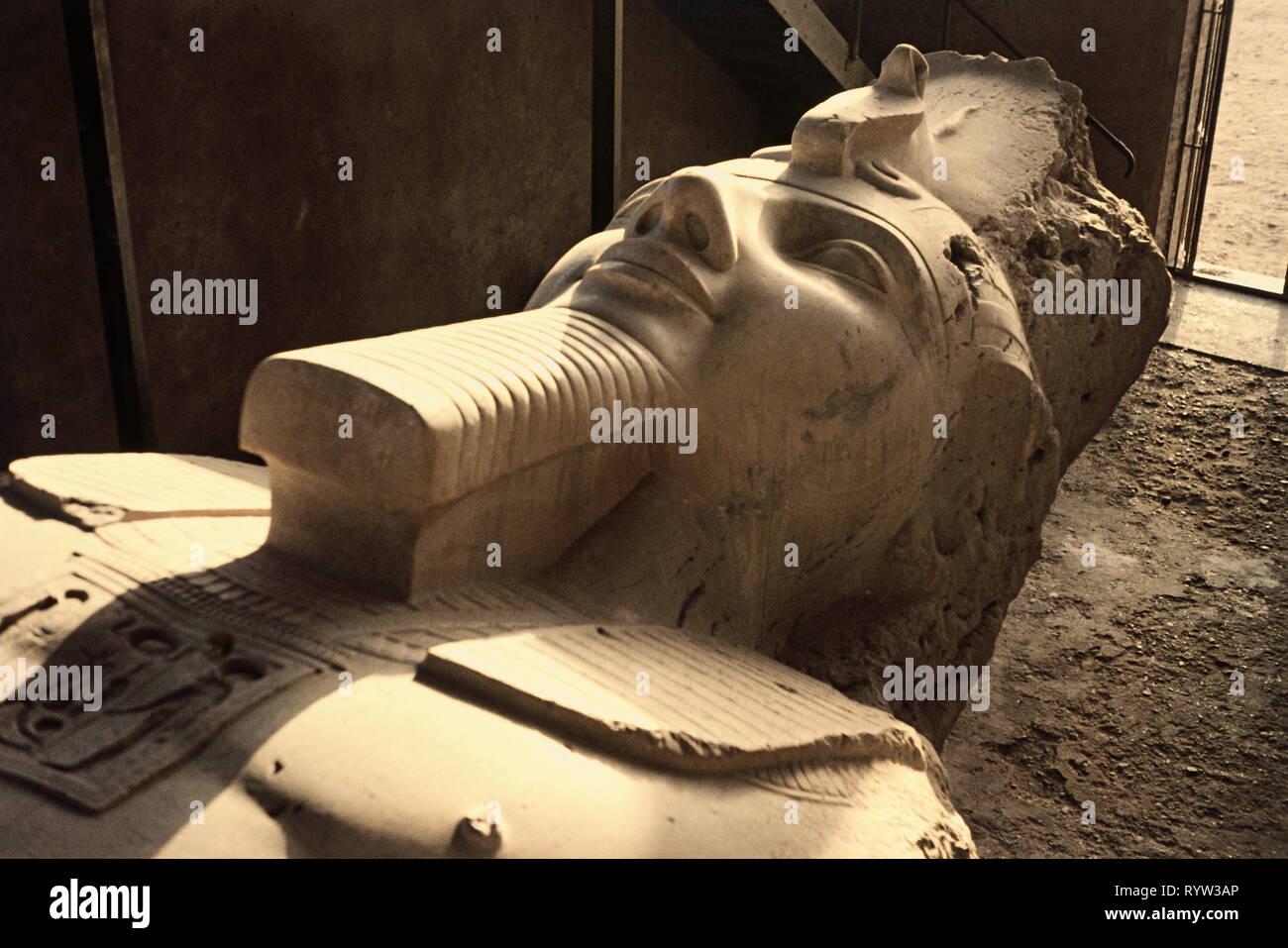 Geographie/Reisen, Ägypten, Memphis, Statue von Ramses II., Detail, Additional-Rights - Clearance-Info - Not-Available Stockbild
