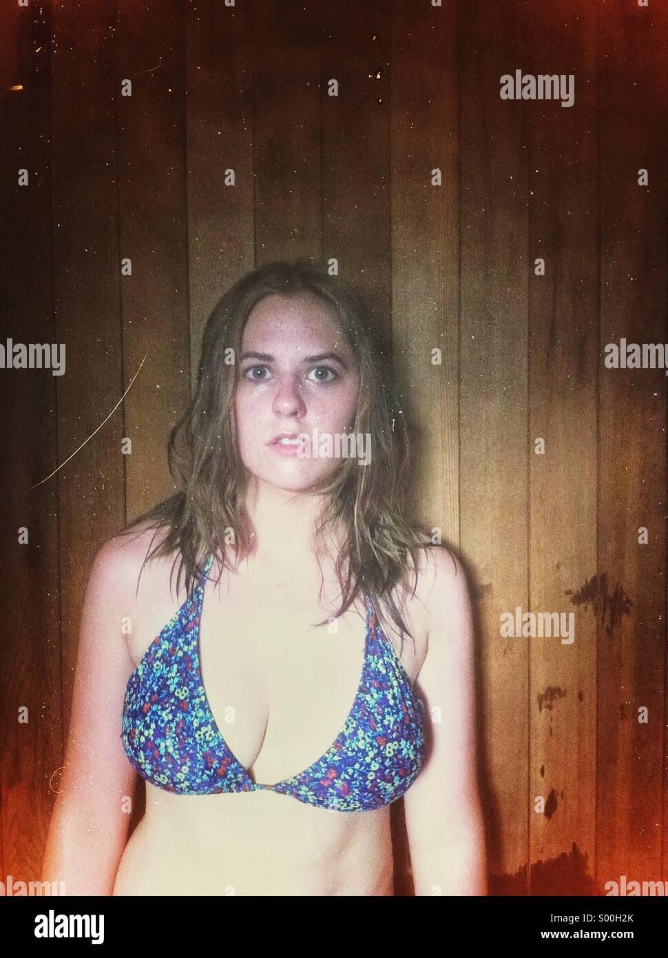 Frau nach dem Saunagang Stockbild