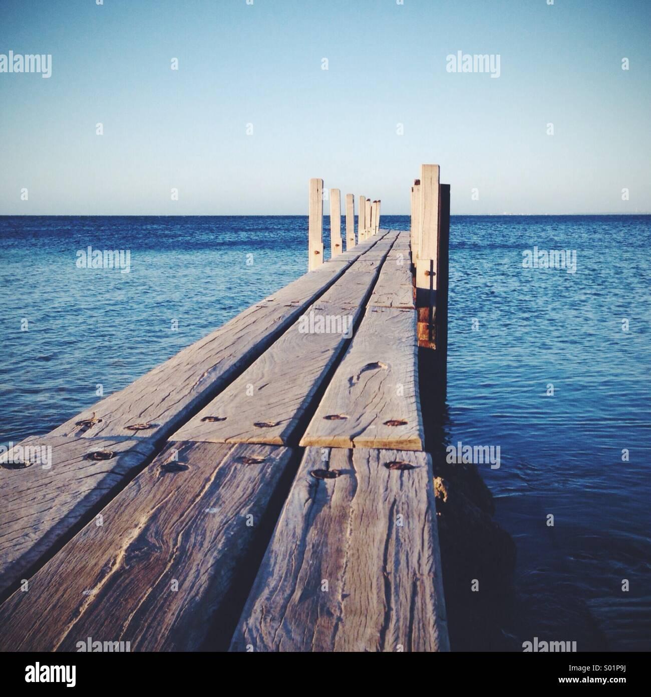 Auf den Weg zum Meer Stockbild