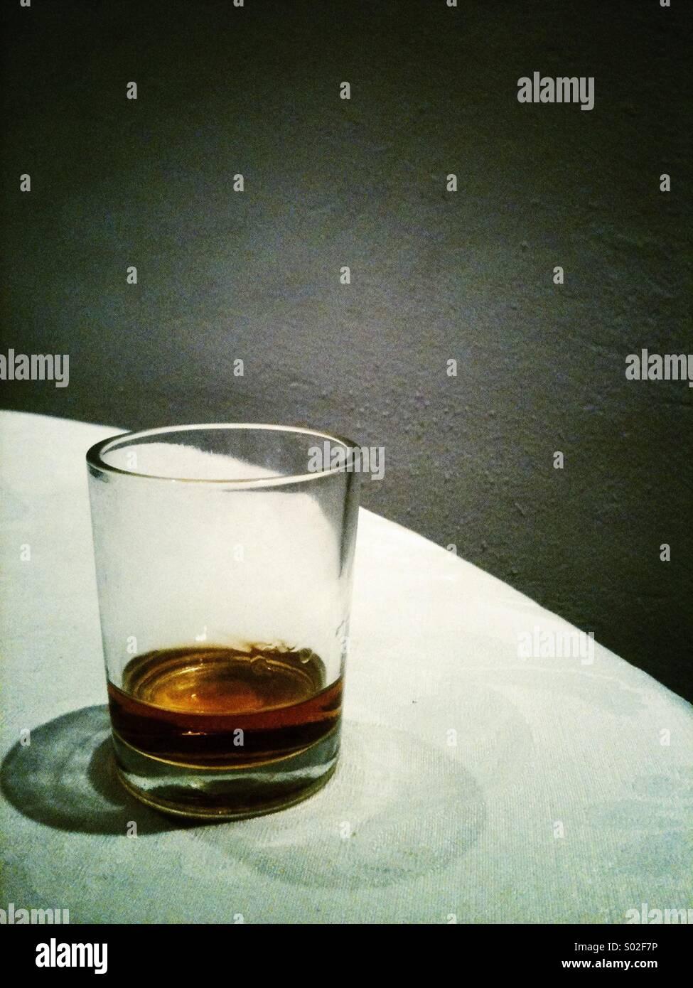 Tot Glas Brandy Stockbild