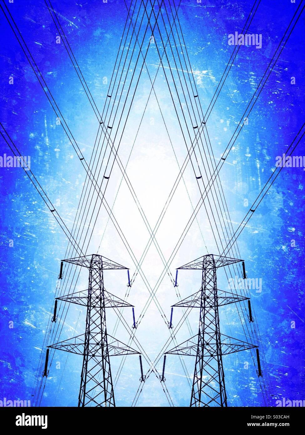 Paar von Strommasten Stockbild