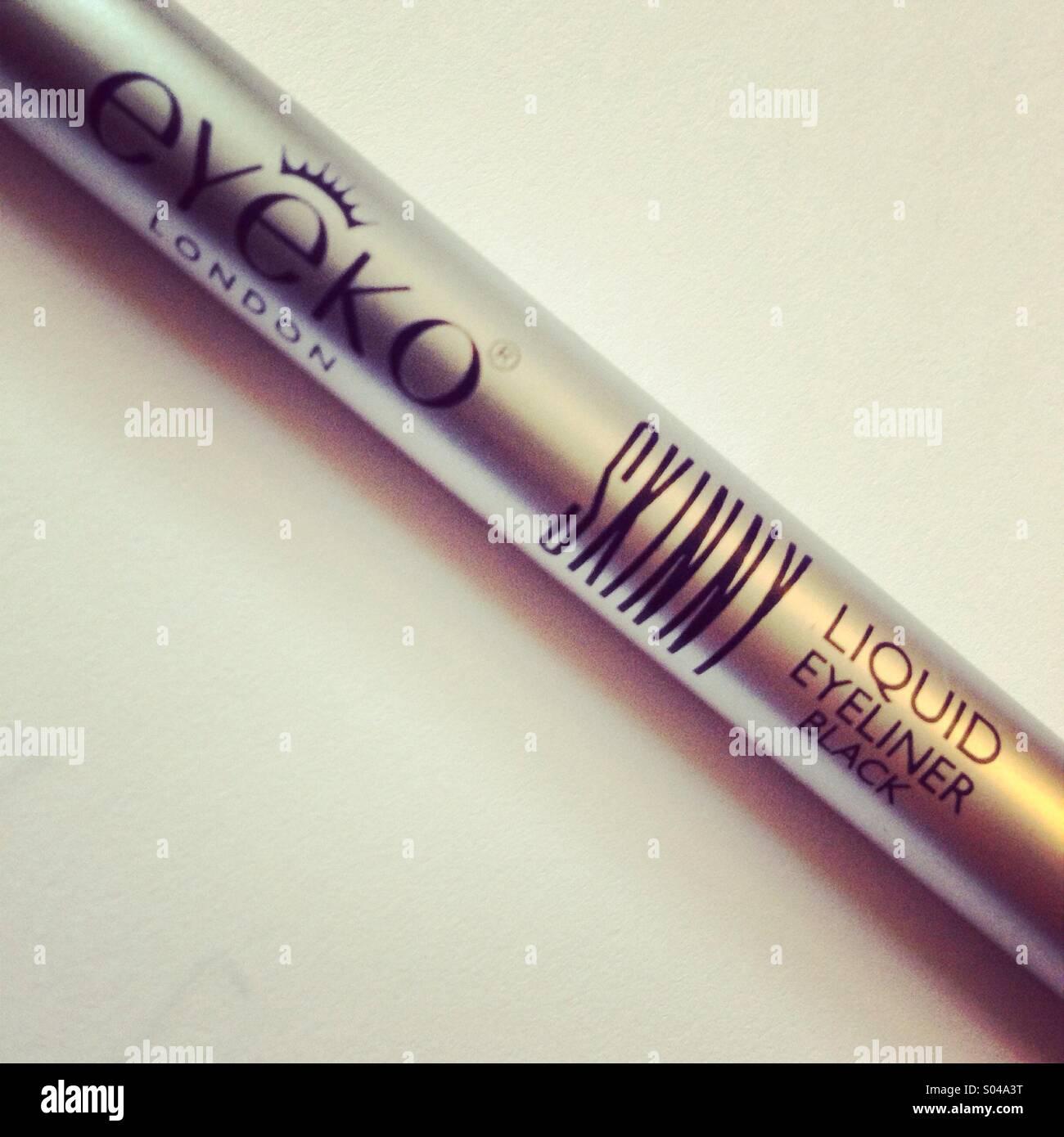 Skinny Eyeko eyeliner Stockbild